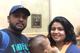 Selfie sticks are not allowed inside the museum so taking a picture with Monalisa was quite a challenge. And it was the smallest drawing out of all! , Pabasari G - May 2016