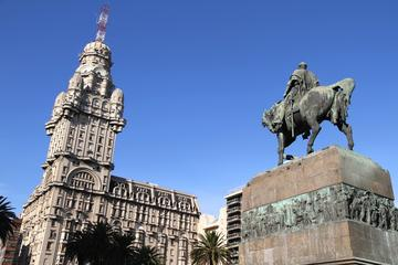 Independence Plaza (Plaza Independencia)