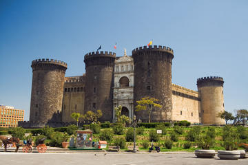 Castel Nuovo (New Castle)