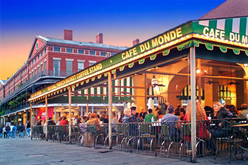 Beignets At Caf 233 Du Monde Travel Recommendations Tours Amp Tickets In New Orleans Viator