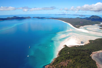 Top Beaches in the Whitsundays
