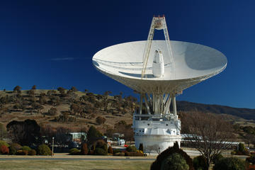 Visiting the Deep Space Communication Complex