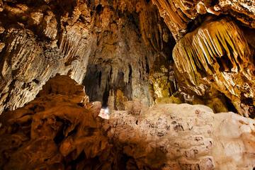 Garcia Caves (Parque Grutas de Garcia)