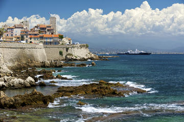 Antibes, Cannes