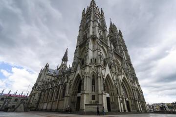 La Basilica Church