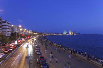 Marine Drive (Queen's Necklace), Mumbai