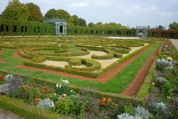 Schlosspark Schoenbrunn (Schonbrunn Palace Garden)