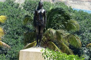 La India Catalina Monument