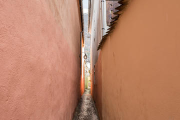 Rope Street (Strada Sforii)