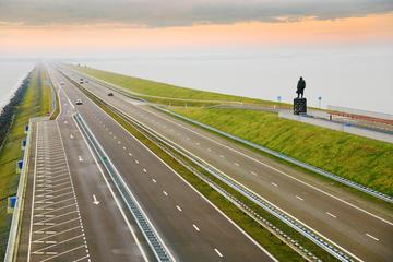 Enclosing Dike (Afsluitdijk)