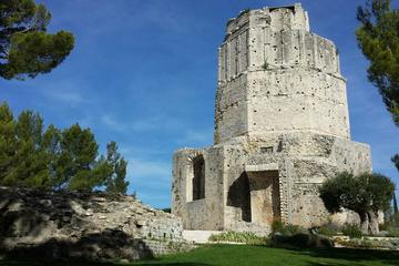 Tour Magne (Magne Tower), Languedoc-Roussillon, France