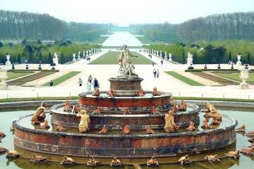 Versailles Chateau Gardens, Ile de France, France