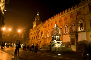 Bologna Piazza Maggiore, Bologna