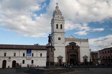 Santo Domingo Plaza (Plaza de Santa Domingo)