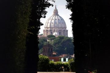 The Aventine Keyhole's View of Rome