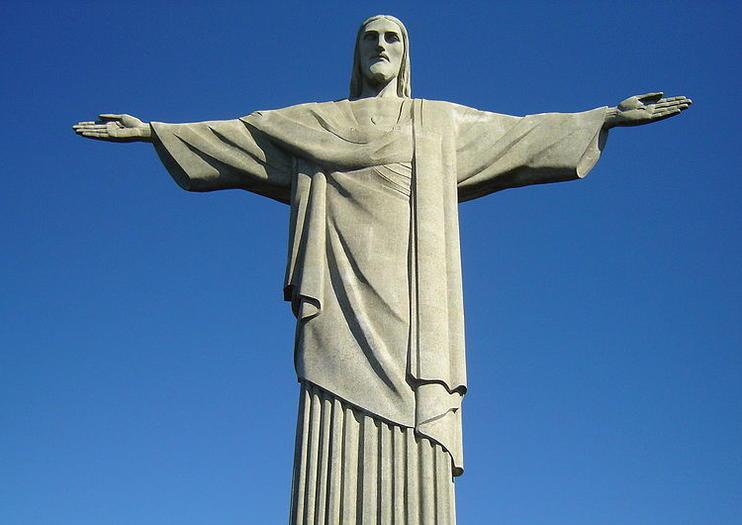 christ the redeemer statue information