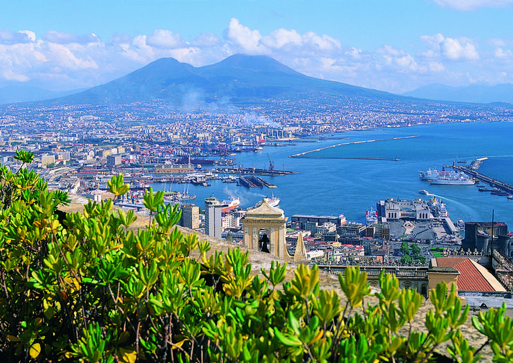 Naples Cruise Port