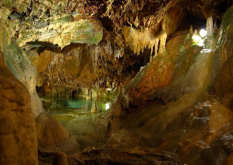 Green Grotto Höhlen