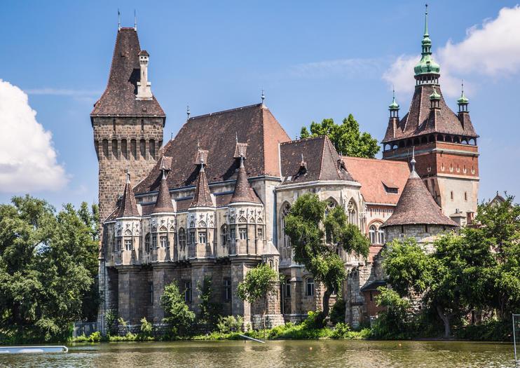 Vajdahunyad Castle (Vajdahunyadvár)