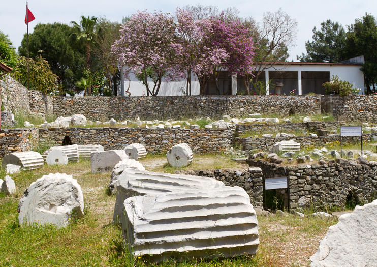 Mausoleum at Halicarnassus (Tomb of Mausolus)