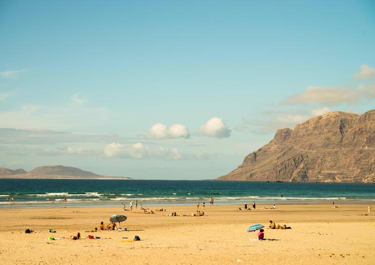 Famara Beach (Playa de Famara)