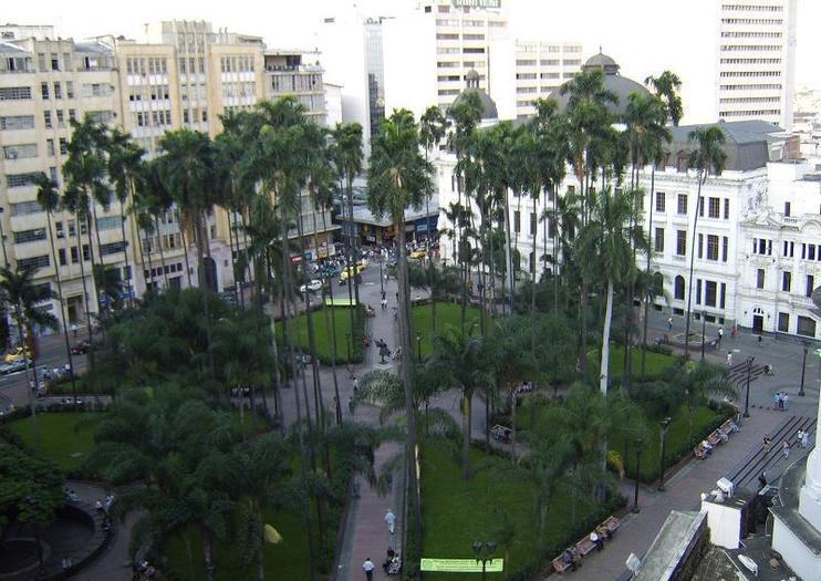 Plaza de Caicedo (Plaza de Cayzedo)