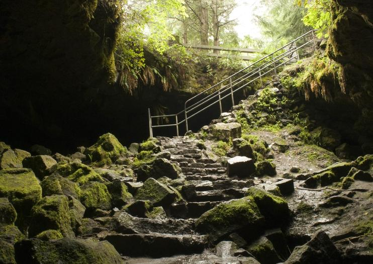 Ape Cave Lava Tubes (Cueva Ape de Tubo de Lava)