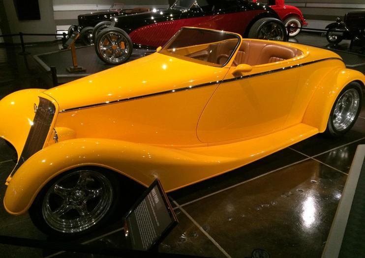Museo del Automóvil Petersen
