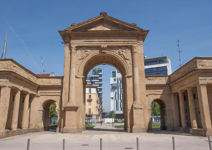 Porta Nuova (Puerta Nueva)