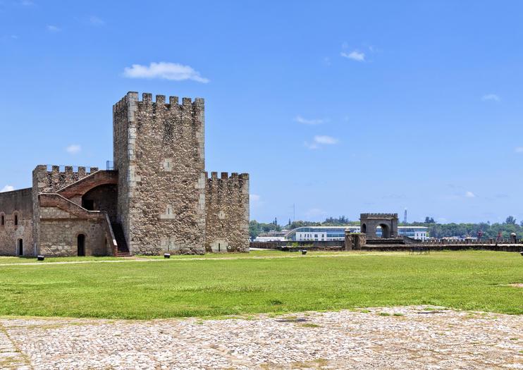 Ozama Fort (Fortaleza Ozama)