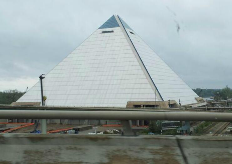 Pirámide Arena