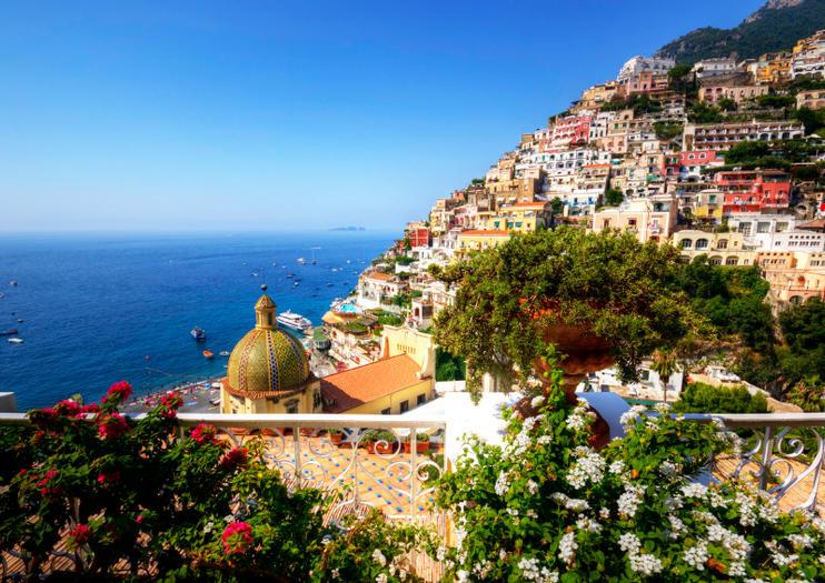 Visite Nápoles em Português