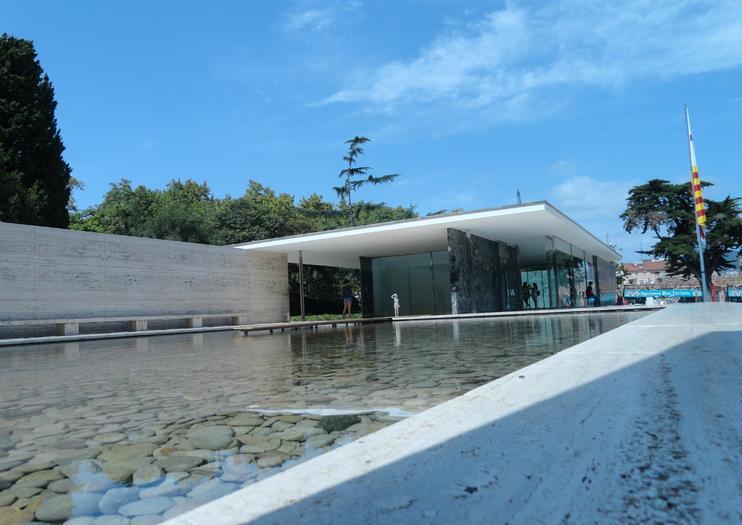 Pavilhão Mies van der Rohe