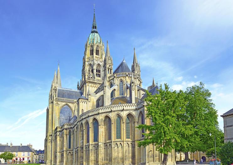 Catedral de Bayeux (Cathedrale Notre Dame de Bayeux)