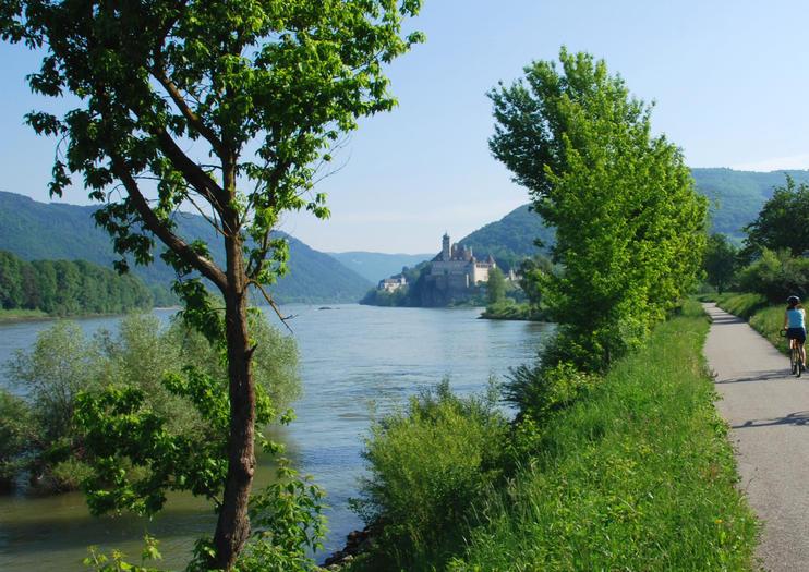 Donauradweg (Ruta en Bicicleta del Danubio)