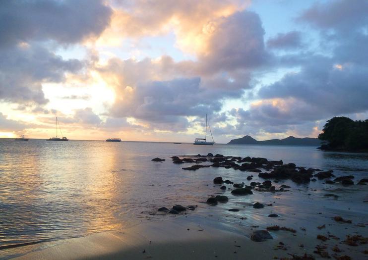 Oualie Beach