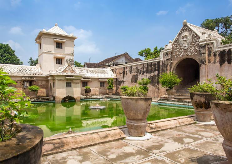 Water Castle (Taman Sari)