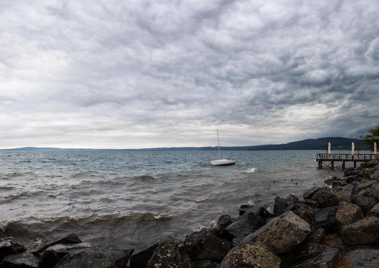 Lake Bracciano (Lago di Bracciano)
