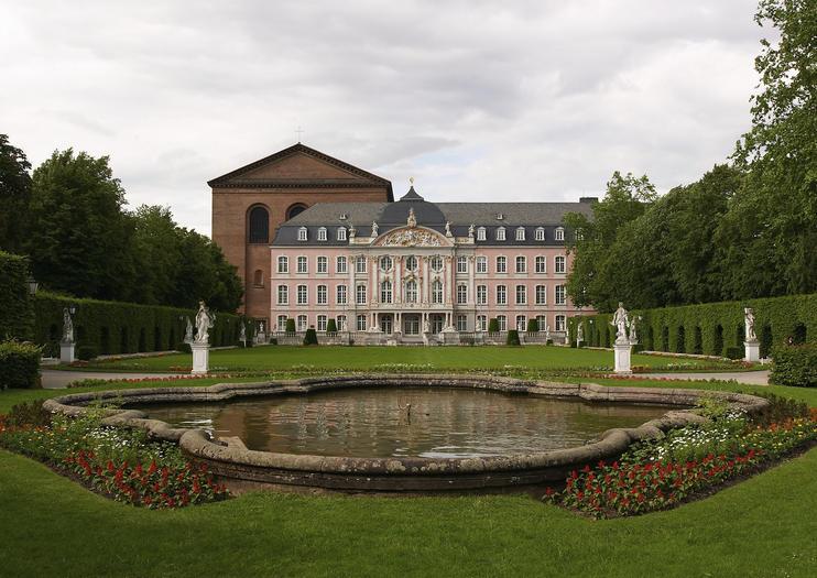 Palais Kurfurstliches