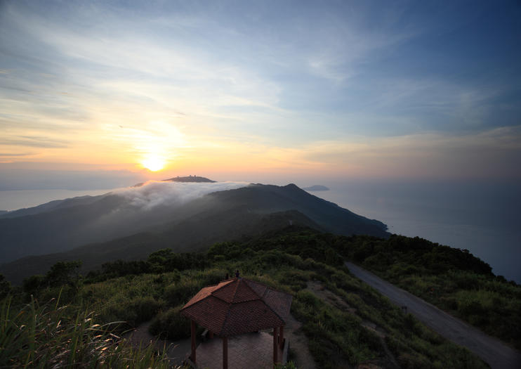 Son Tra Mountain (Monkey Mountain)