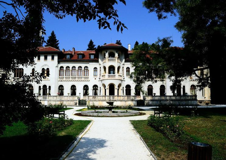 Vrana Palace (Park-Museum Vrana)