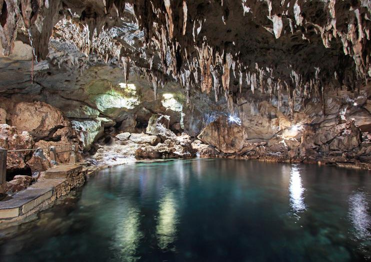 Hinagdanan Höhle