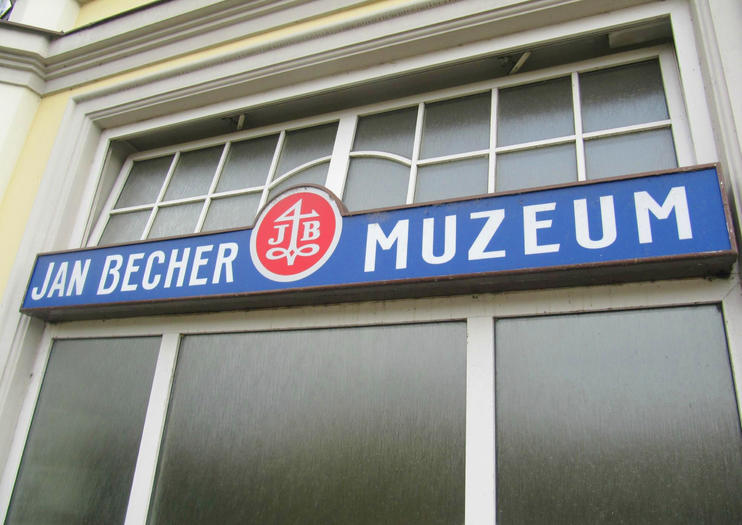 Jan Becher Museum (Jan Becher Muzeum)