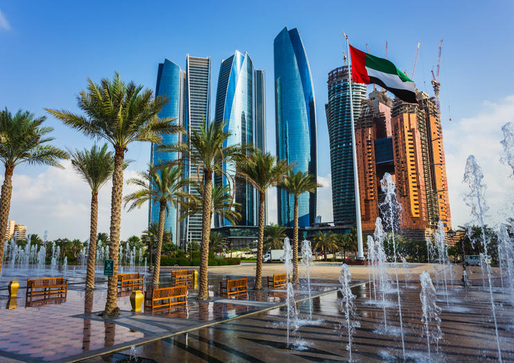 With Its Show Stopping Architecture Glam Shopping And Sunny Beaches Abu Dhabi Deserves Its Reputation As A Rising Star Of The Middle East