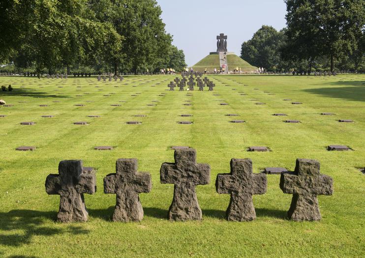Cementerio de Guerra Alemán de La Cambe