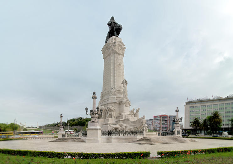 Marquis of Pombal Square (Praca do Marques de Pombal)