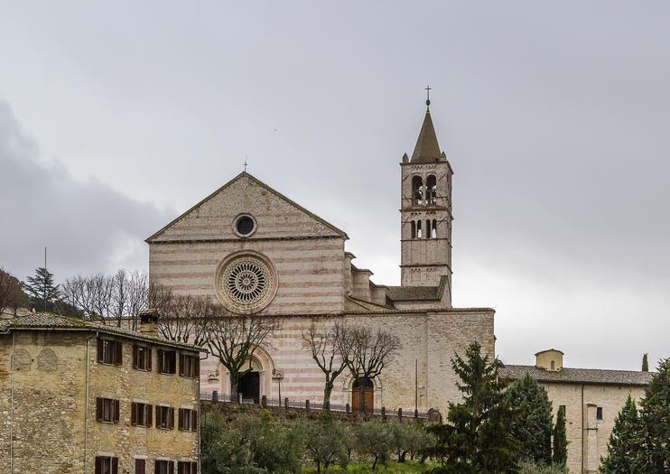 Basilica of St. Clare (Basilica di Santa Chiara)