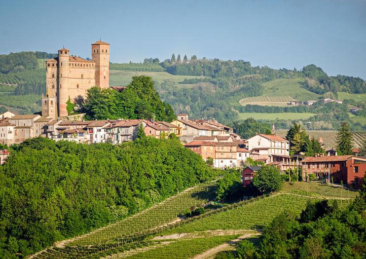 Serralunga d'Alba Castle (Castello di Serralunga d'Alba)