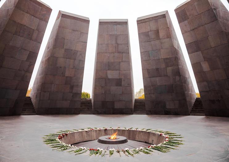 Armenian Genocide Museum (Tsitsernakaberd)