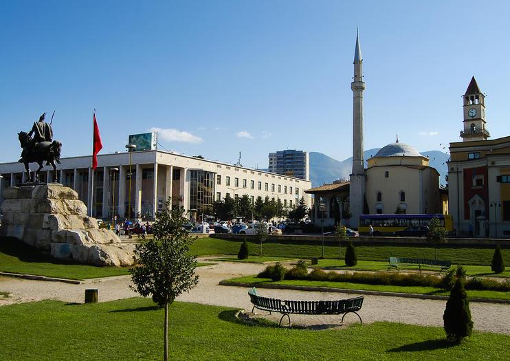 Skanderbeg Square (Sheshi Skënderbej)